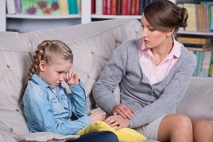 Как избавить ребенка от страхов и фобий